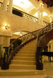escalera izquierda panorama